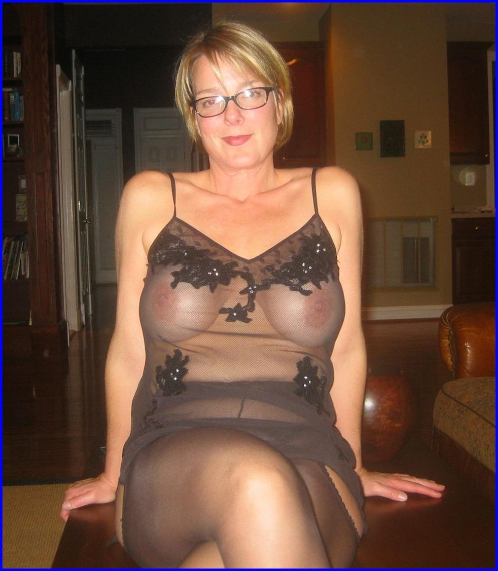 Amateur mature thumbs gallery