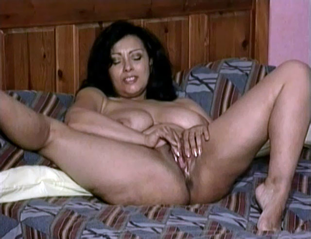asian moms porn pics pussy nude porn mom mother wet asian son bed incest rubbing fully