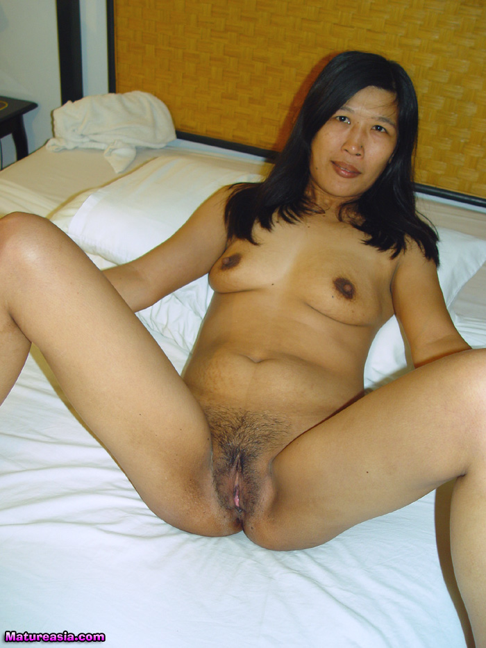 nude Mature galleries asian