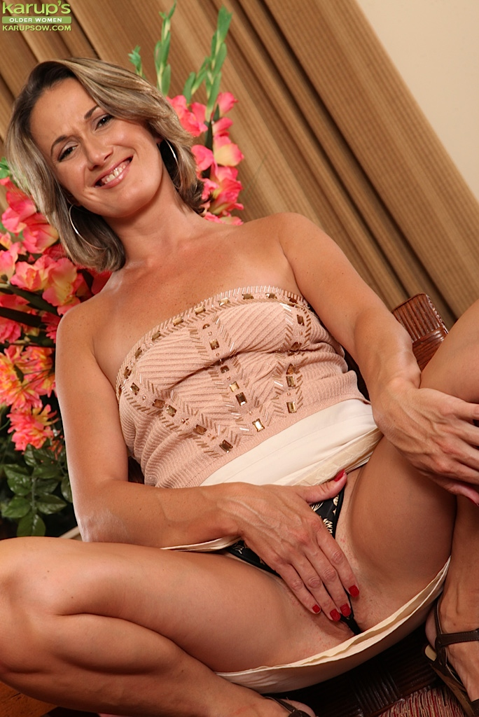 Gorgeous mature women tumblr