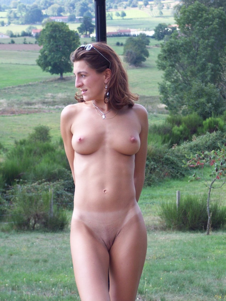 Can real mature old nudist quite good