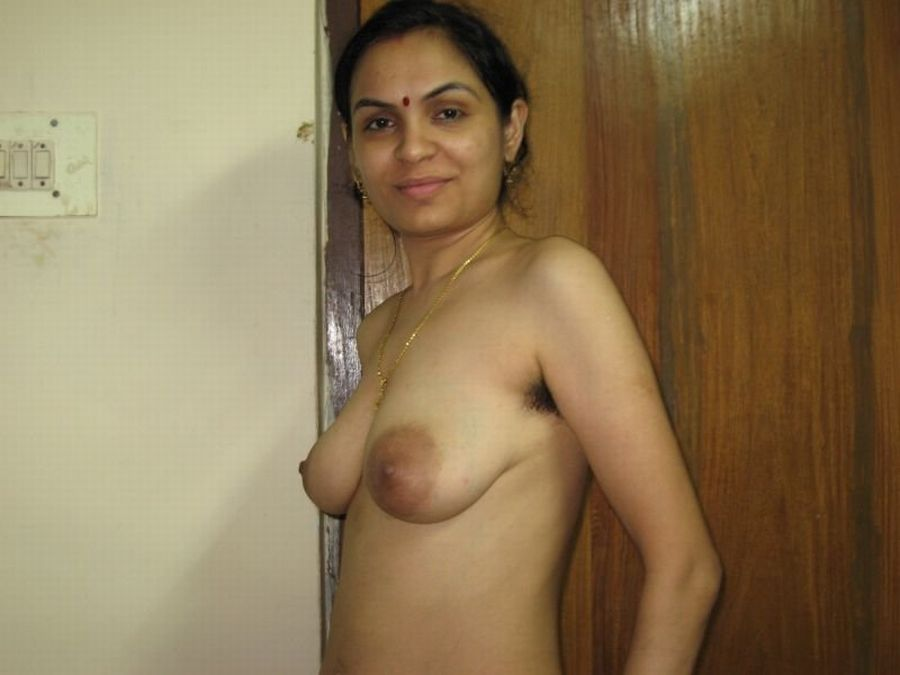indian nude womens pussi in toilet