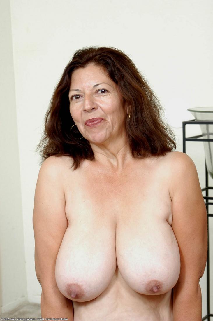 Mature Pics Porn Tits