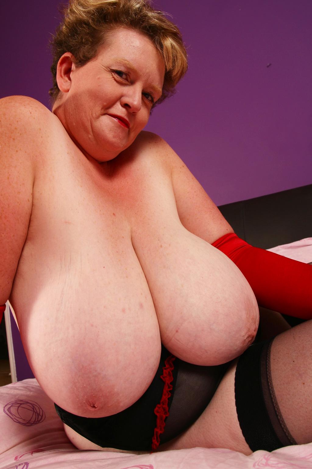 porn Big boob granny