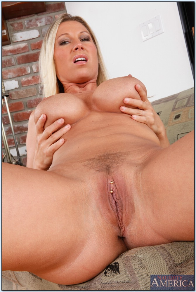 Mindi Mink Seduces Her Son