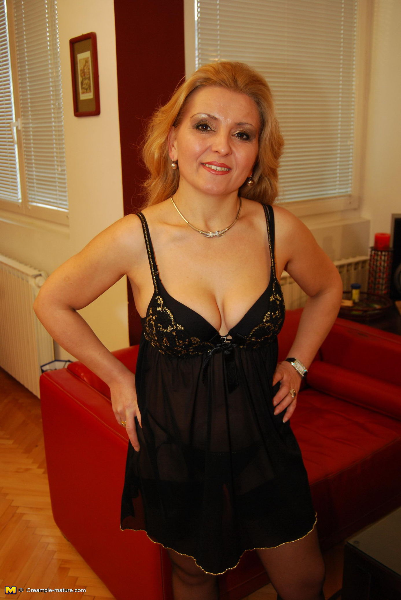 hot older women free fuck finder
