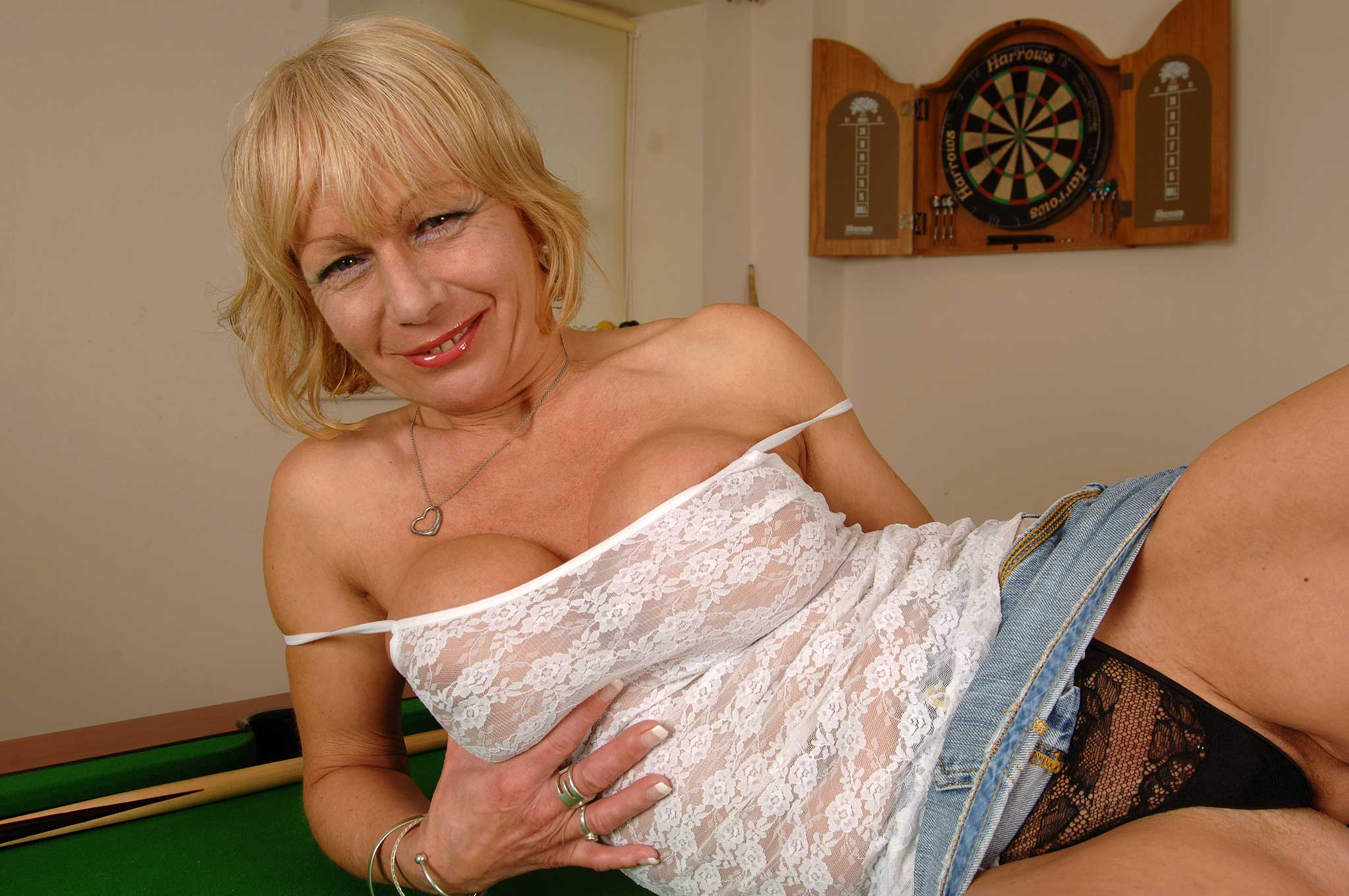 Mature british pornstar jane bond in stockings