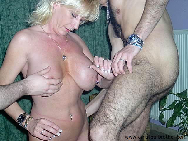 busty mature pic pictures galleries gangbang queens