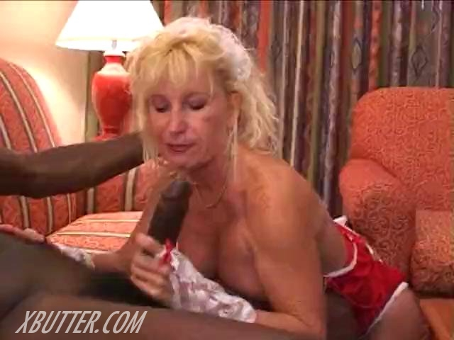 busty mature pic mature blonde interracial videos scene bitch busty posts lola noletty