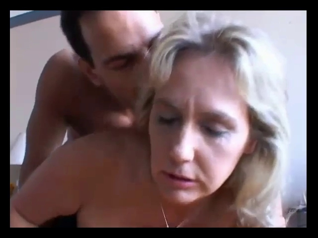 busty mature pics video