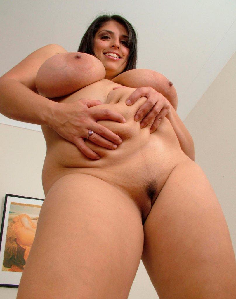 Chubby Sex Mom Image