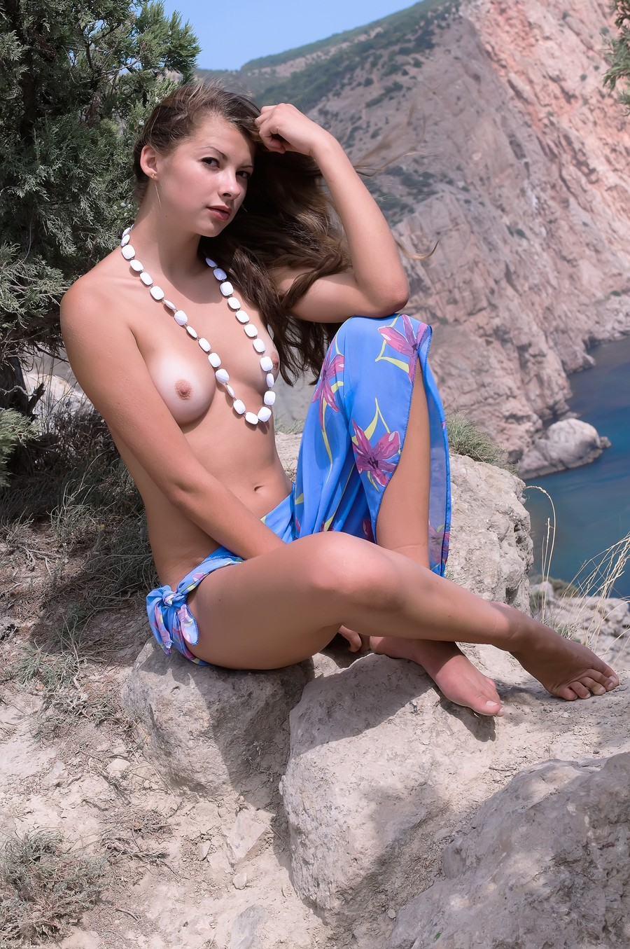 Asian kathy lee nude pic