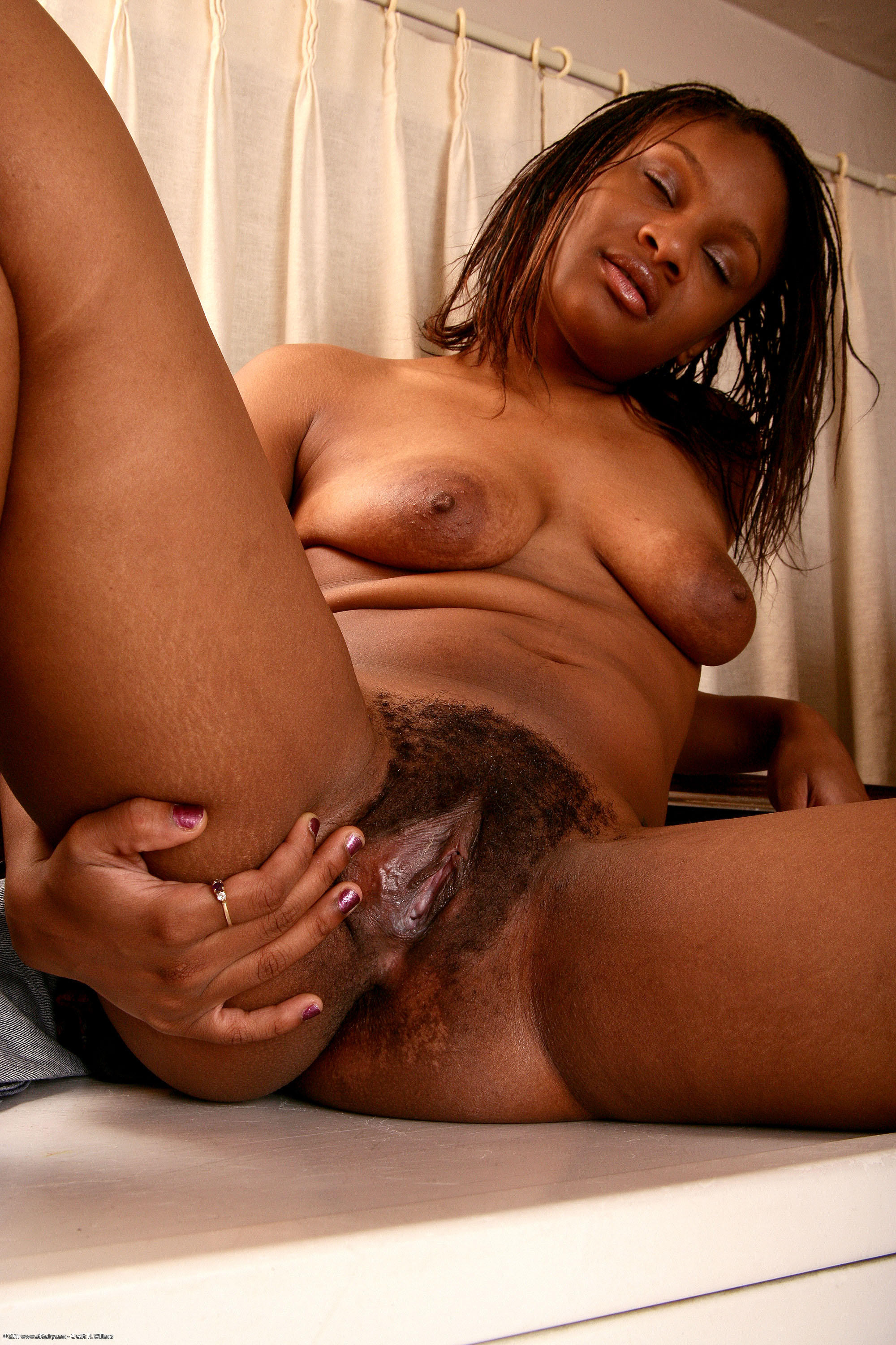 Ebony granny porn sites