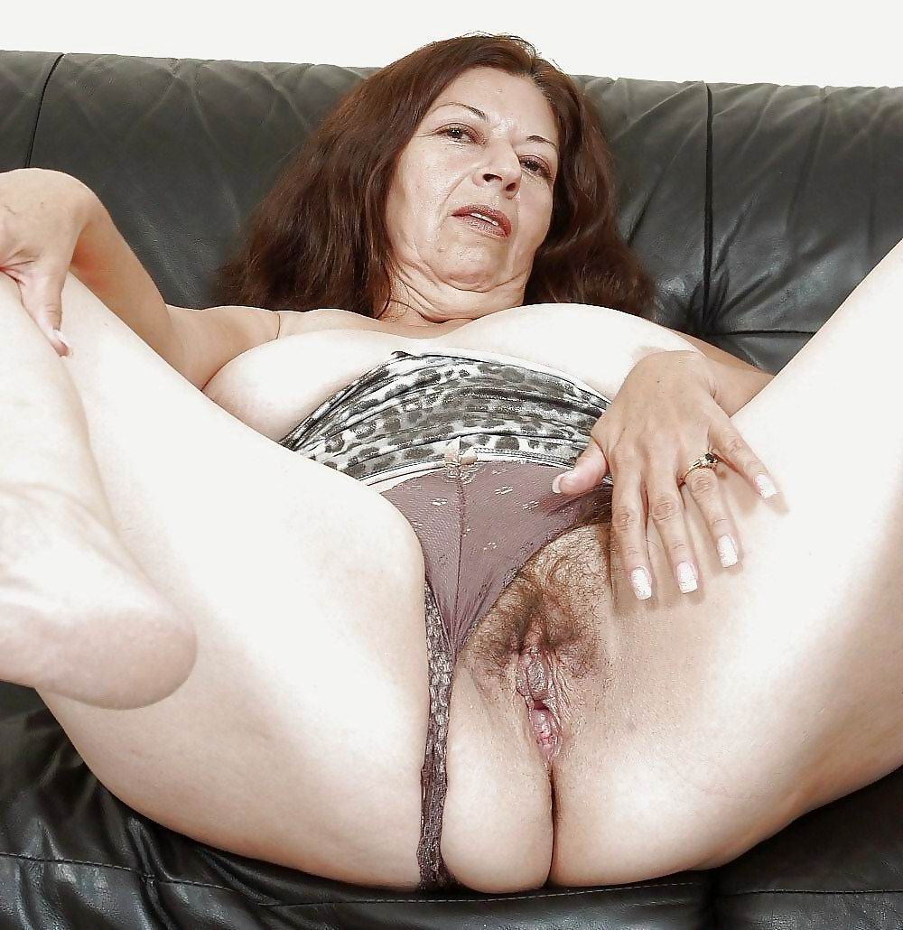 Mature Gallery Milf