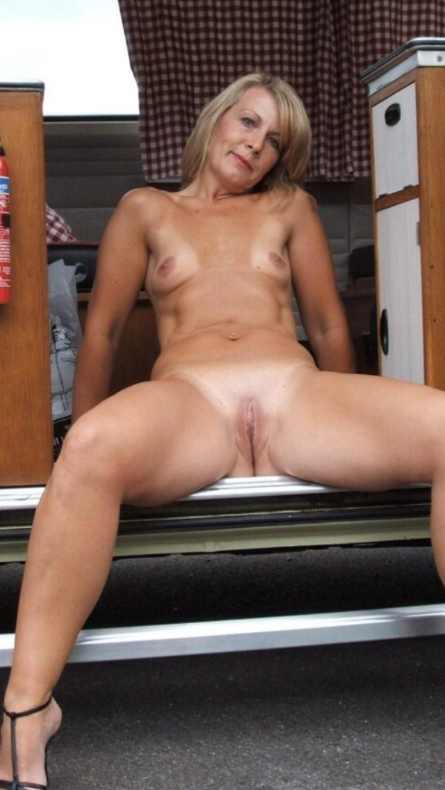 exclusive milf pictures milf over milfs horny this exclusive million