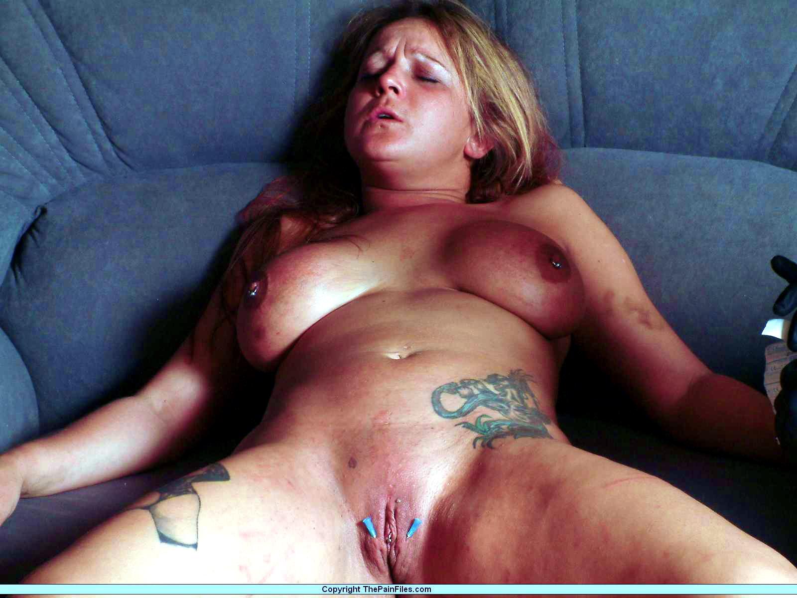 порно бдсм жесть током иглами