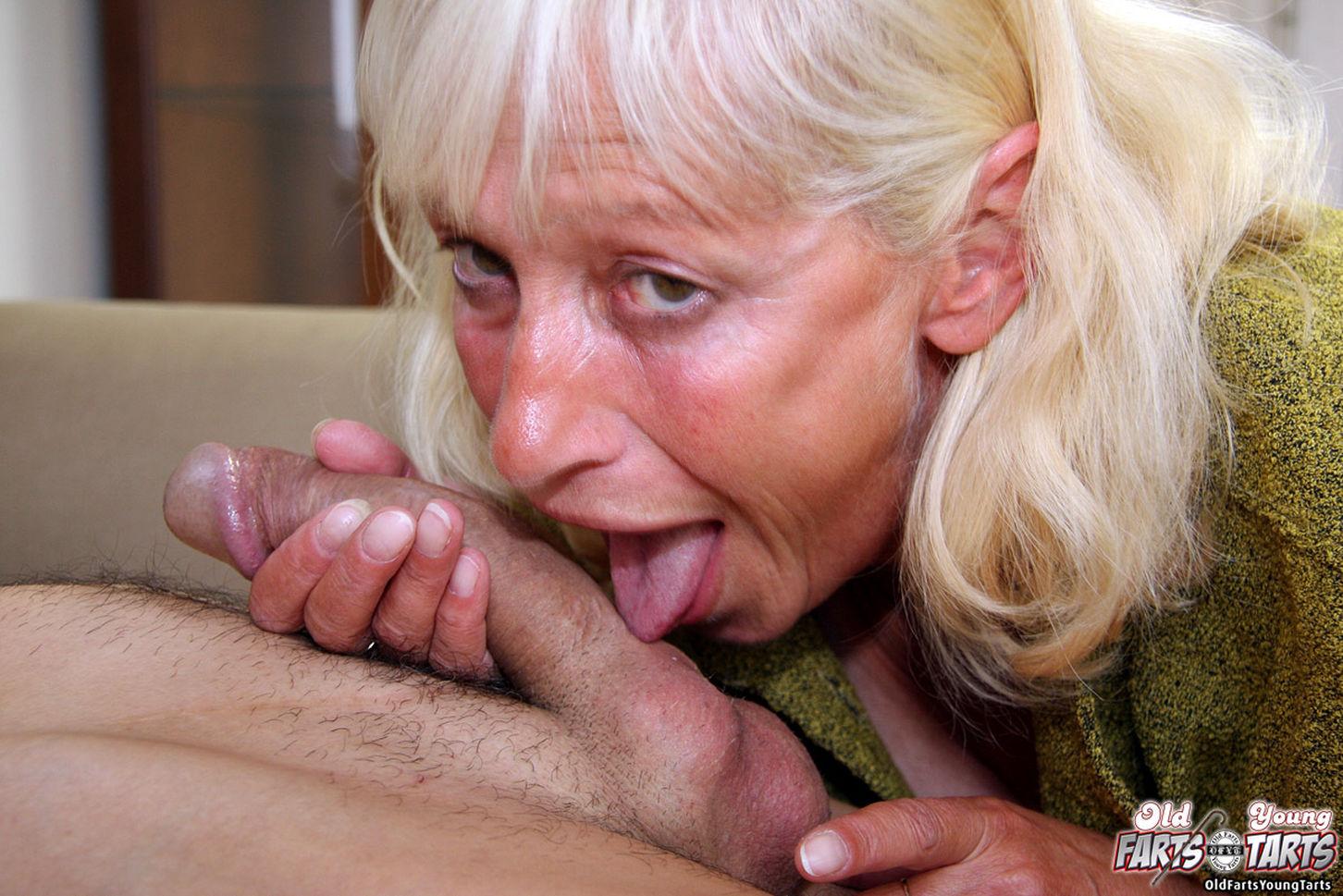 Секс внучка на дедушке русские 25 фотография