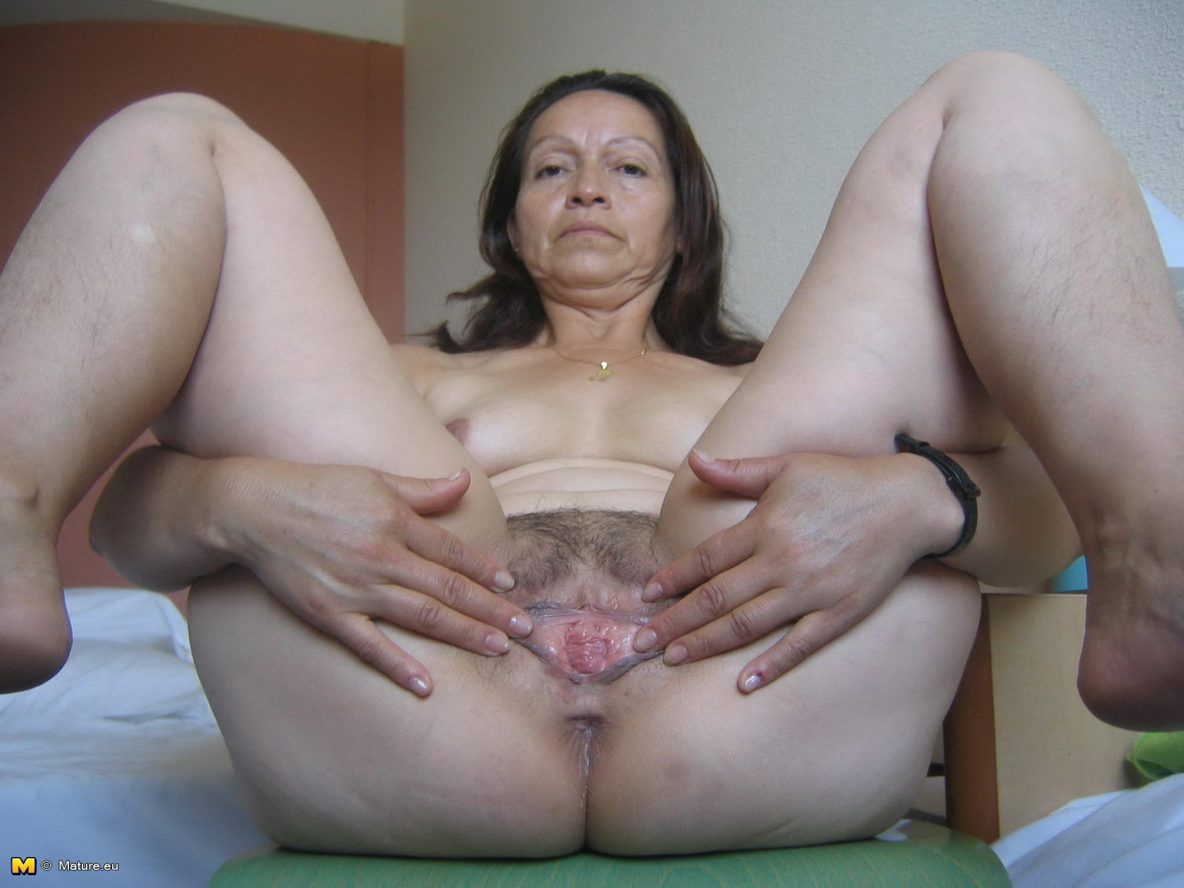hairy mature women fucking Fat