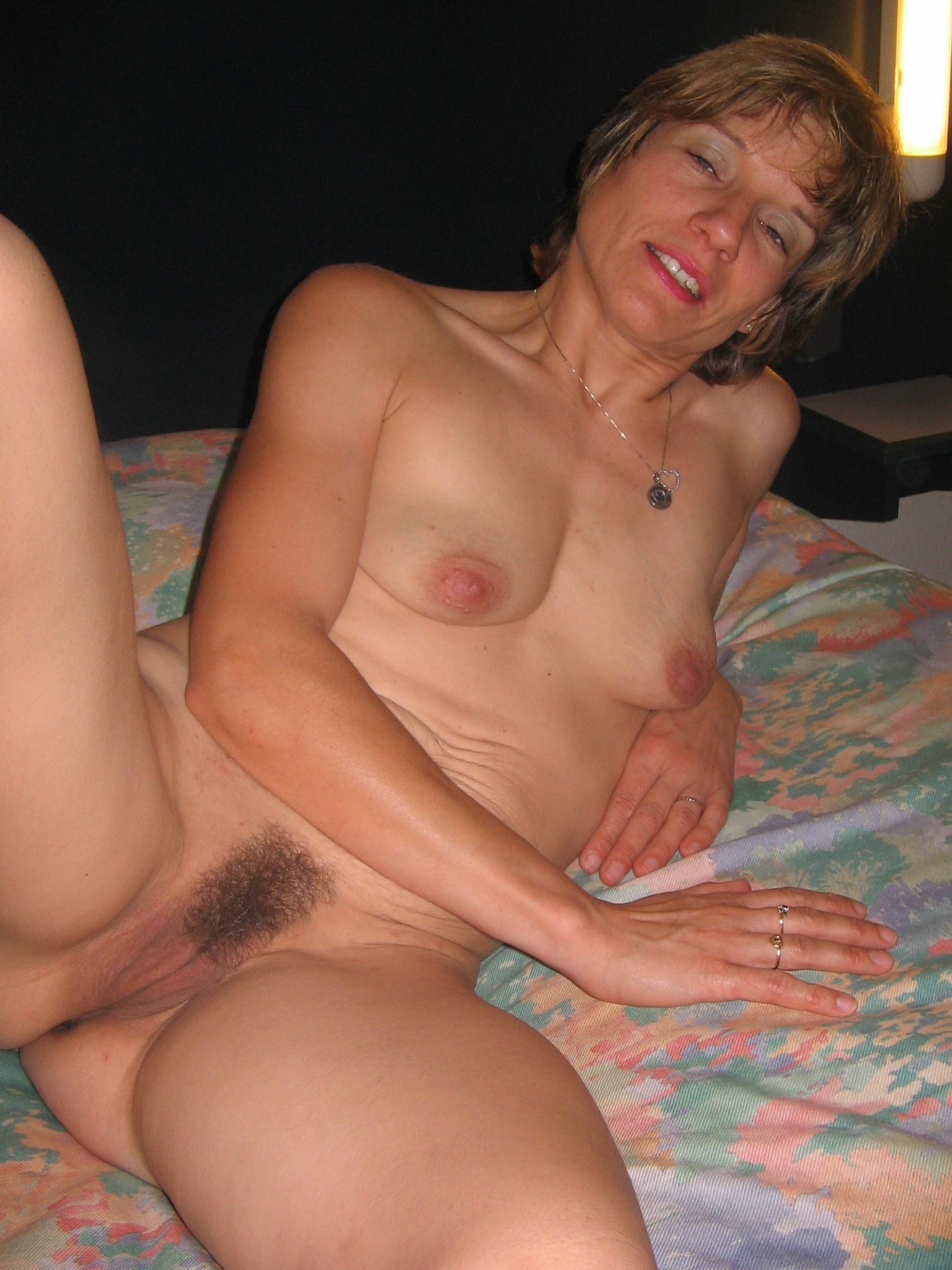 Mature grannies amateurs horny