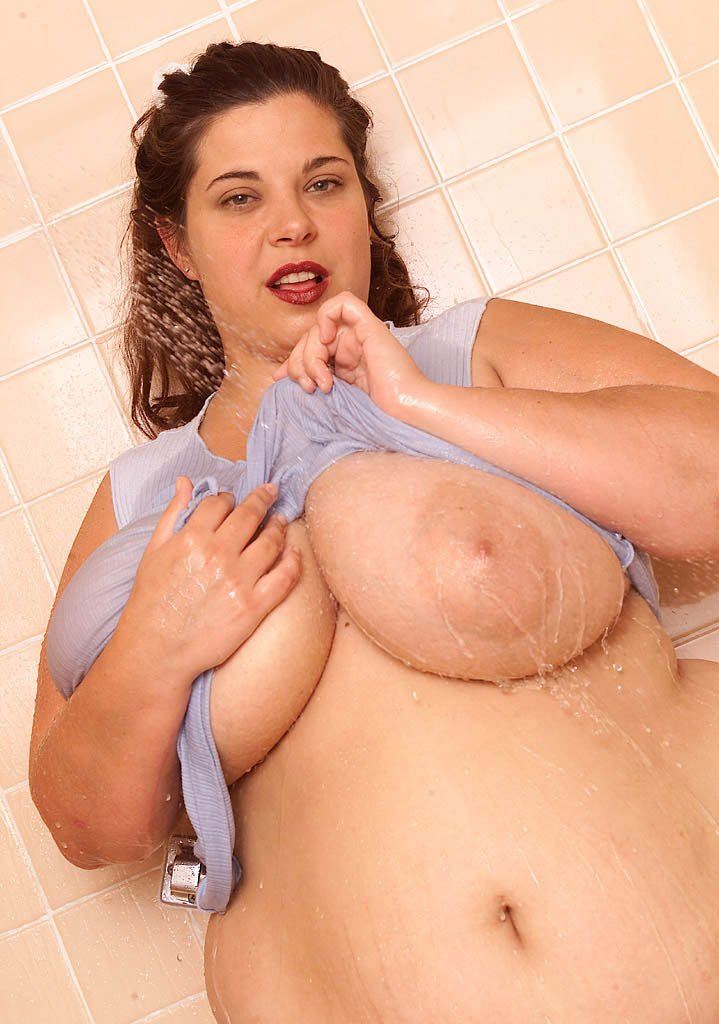 Fat celebrity women naked