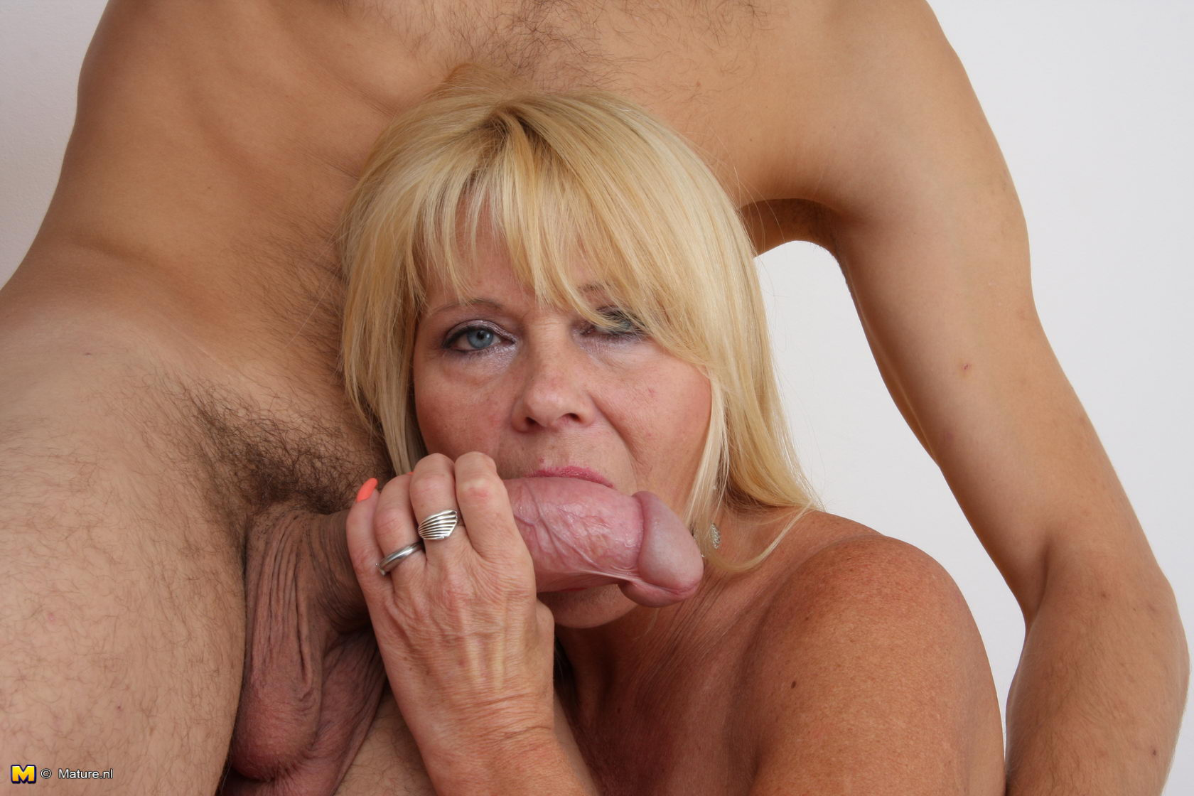 Free video porn older mature