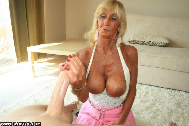 Blond masteurbate milf