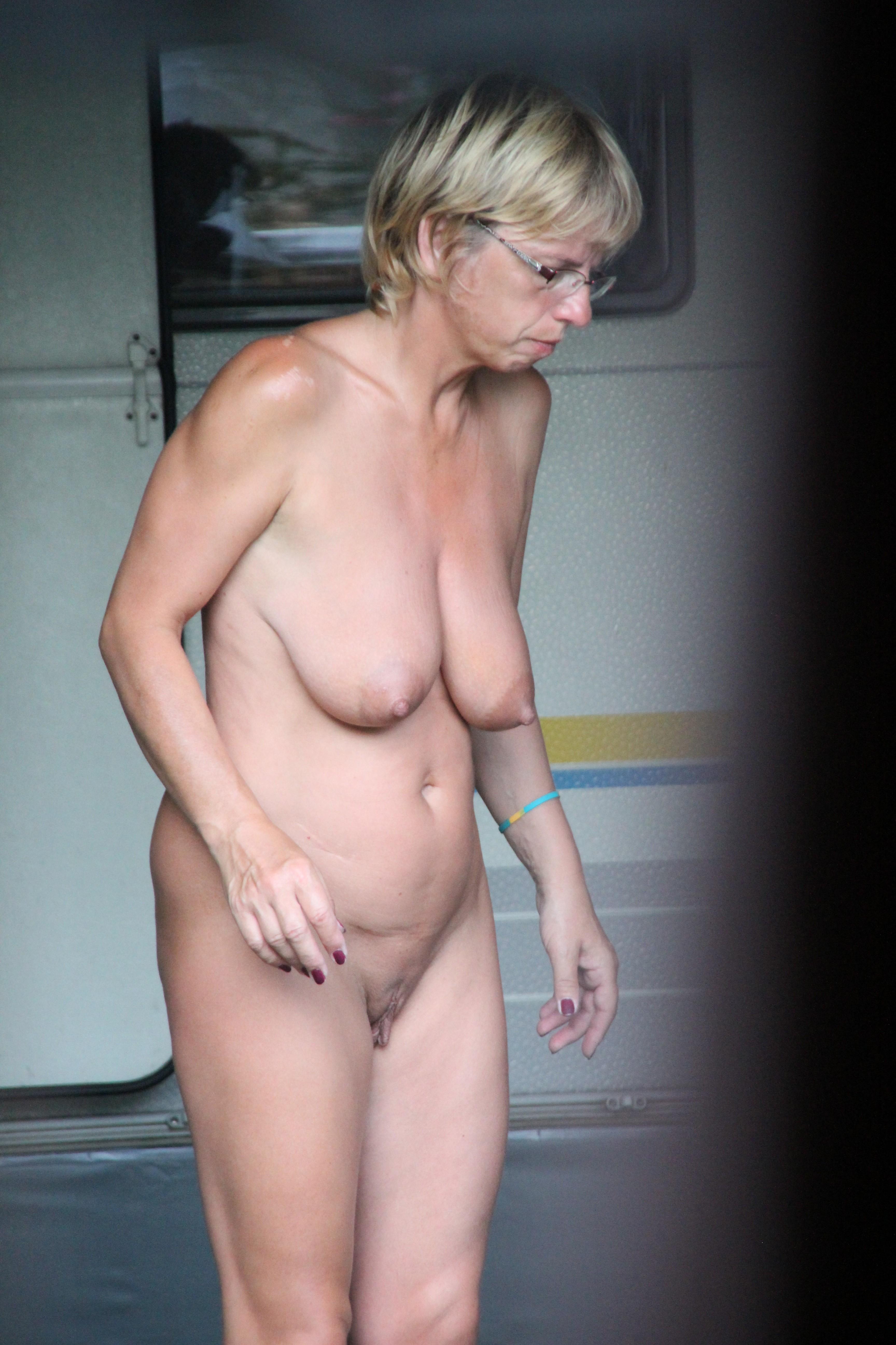 real amature nude granny pics