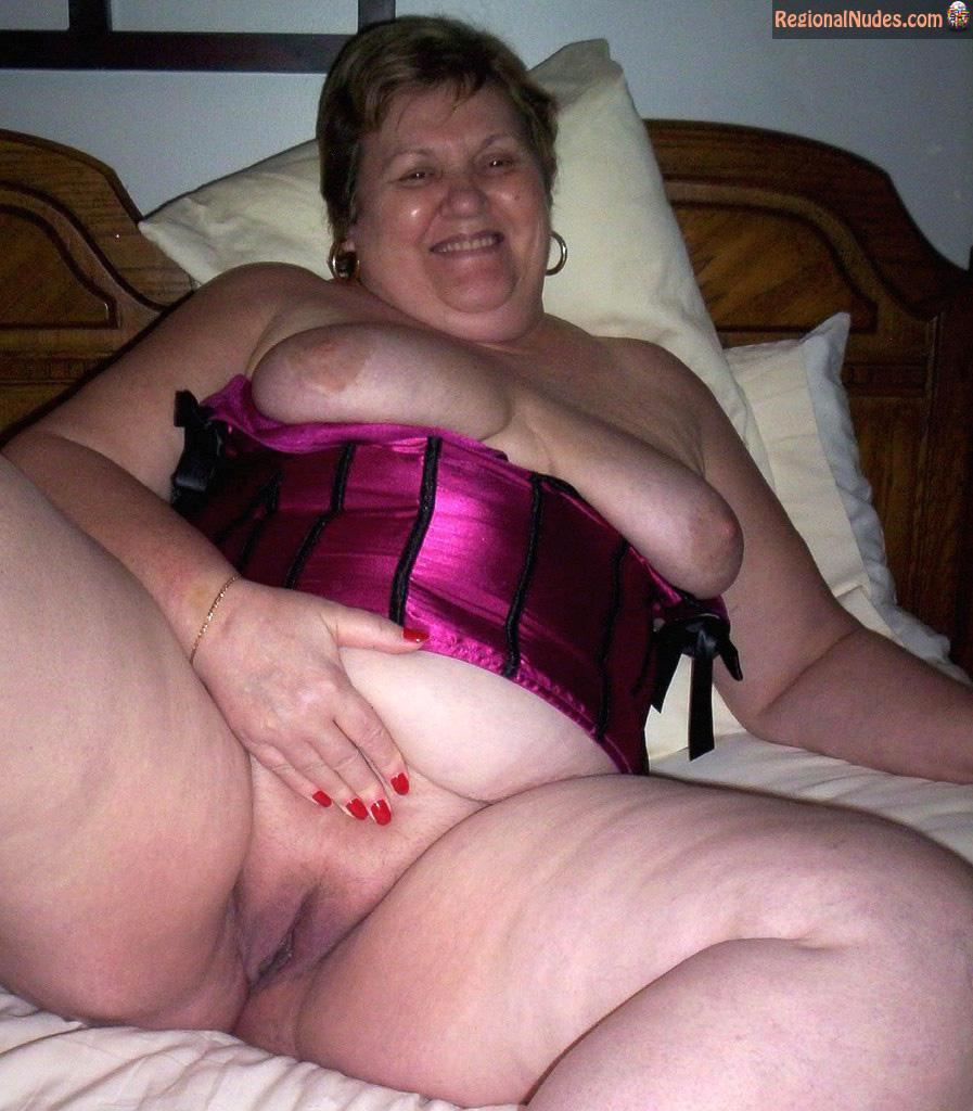 Pics naked grannies Granny Pussy
