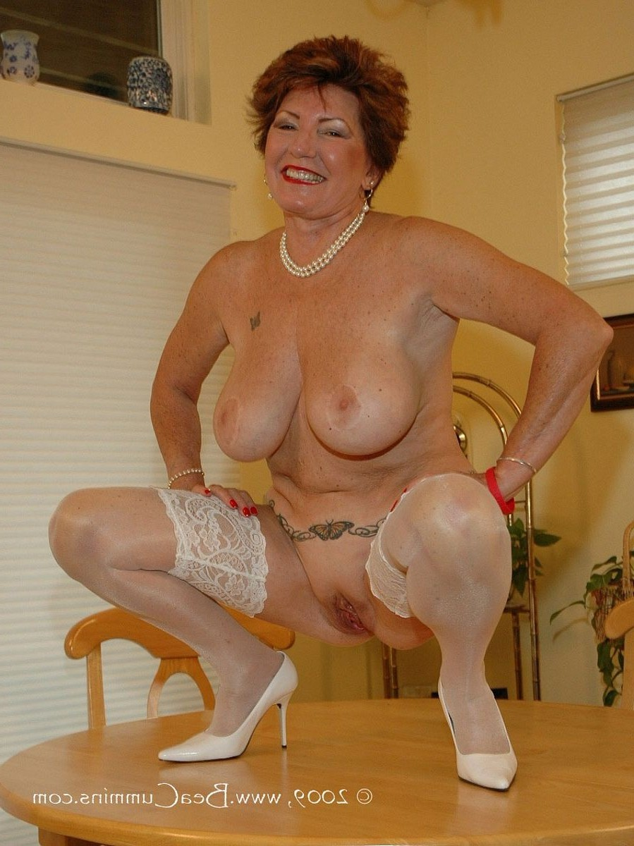 Mature porn star photo that