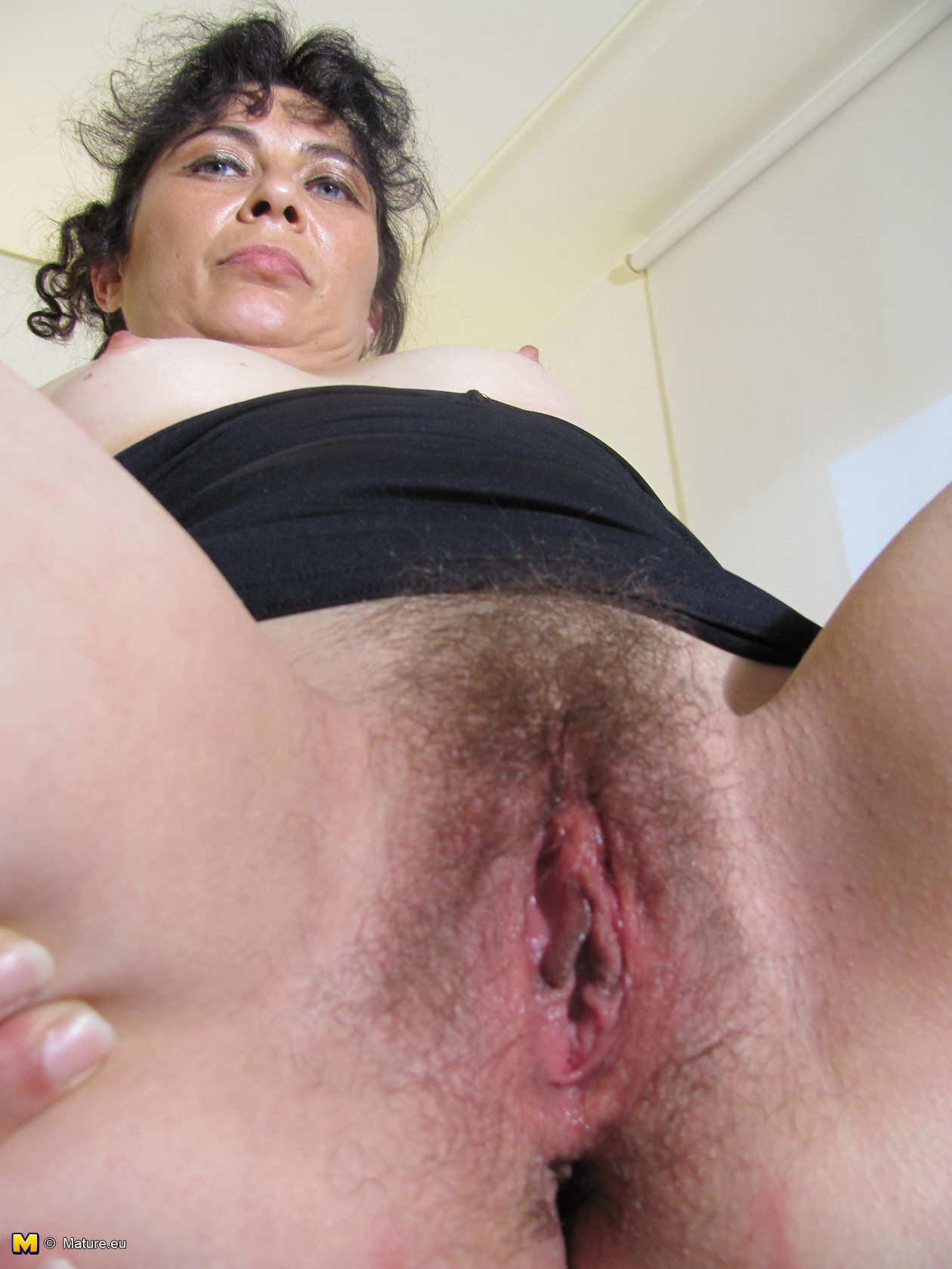 Free mature pussy gallery
