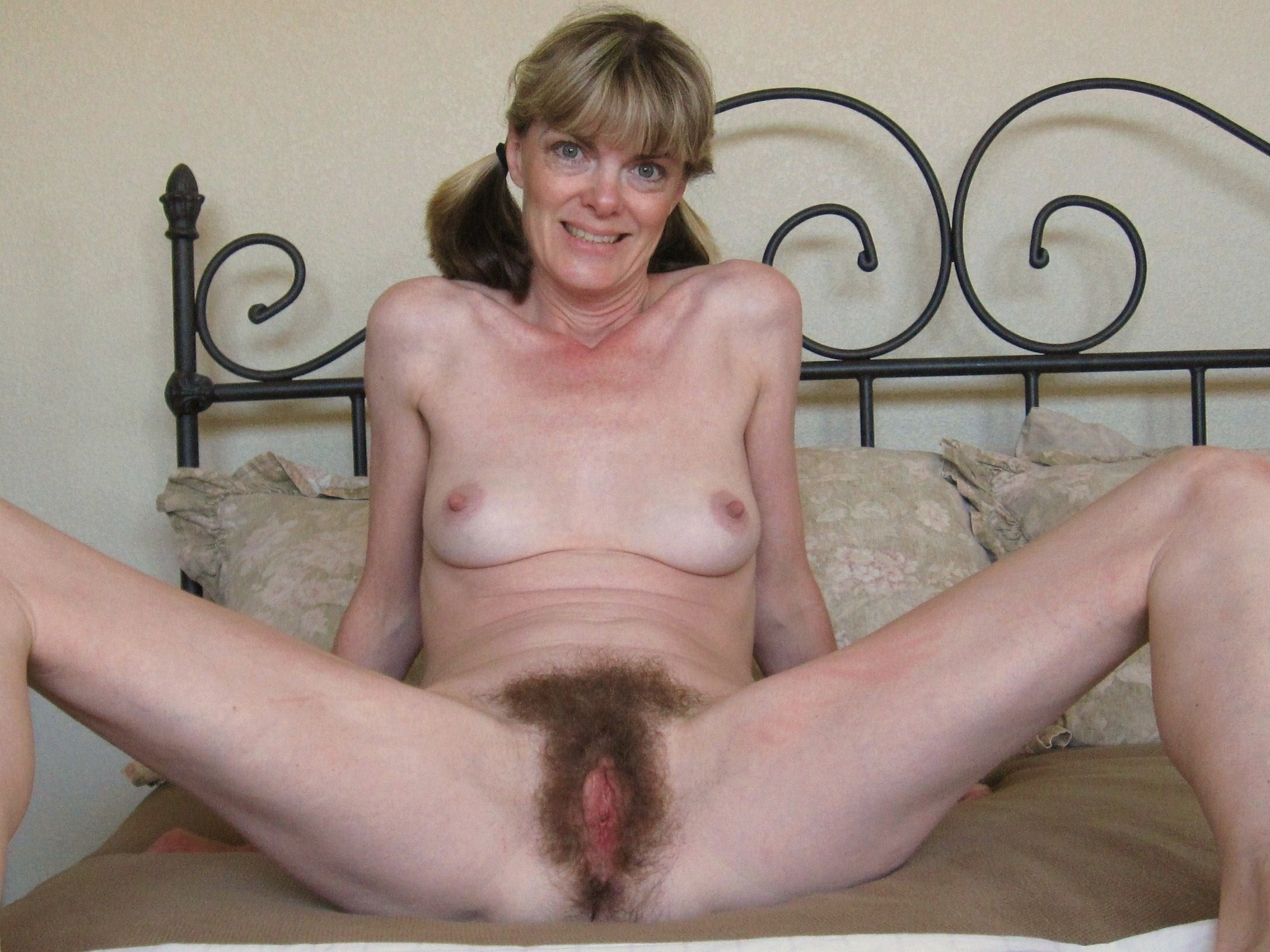 hairy mature porn