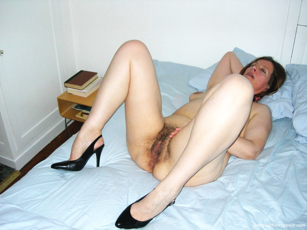 mature ladies spread wide open