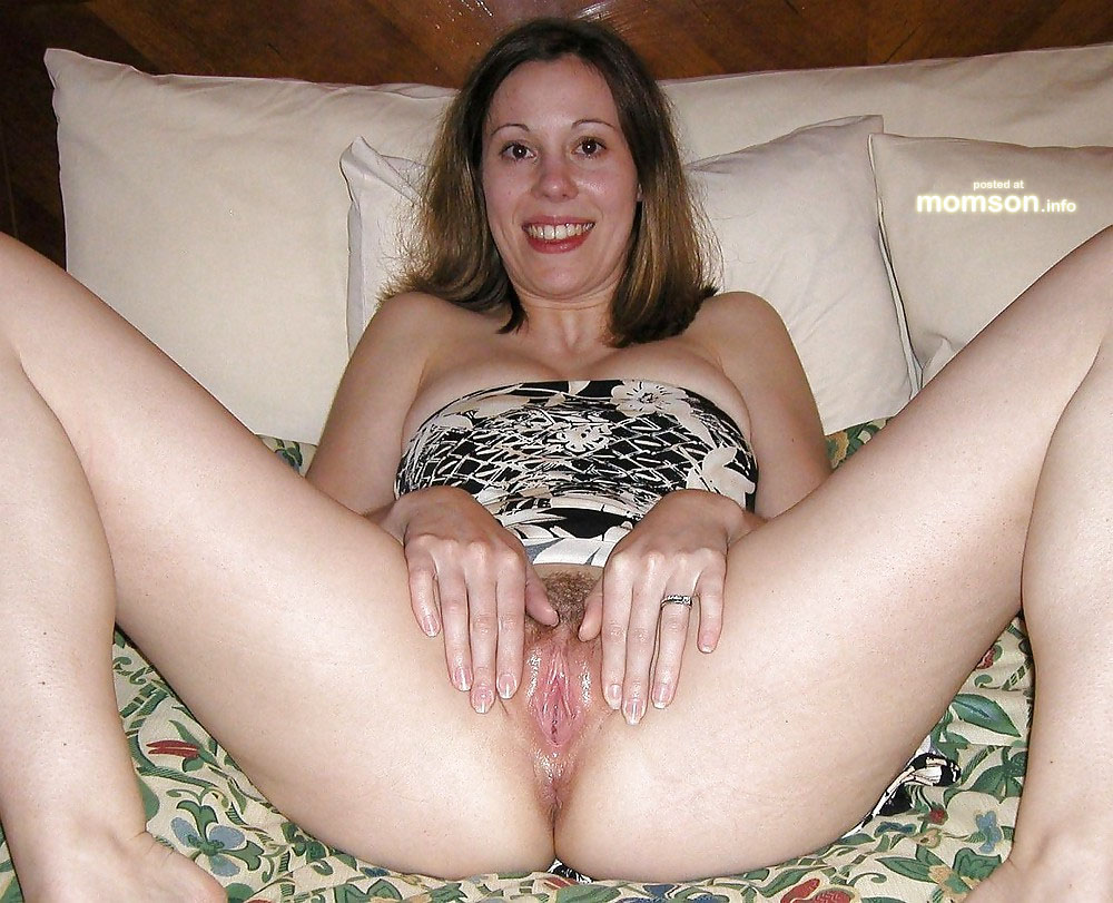 Spreading moms hairy mature
