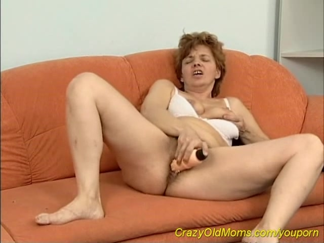 hairy moms porn mom watch hairy home red head alone