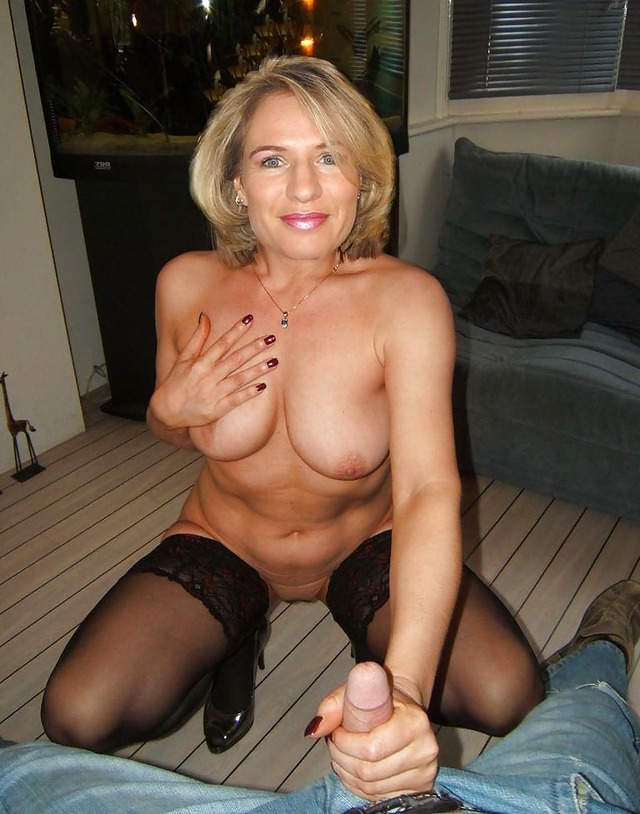Mature Handjob Galleries 100
