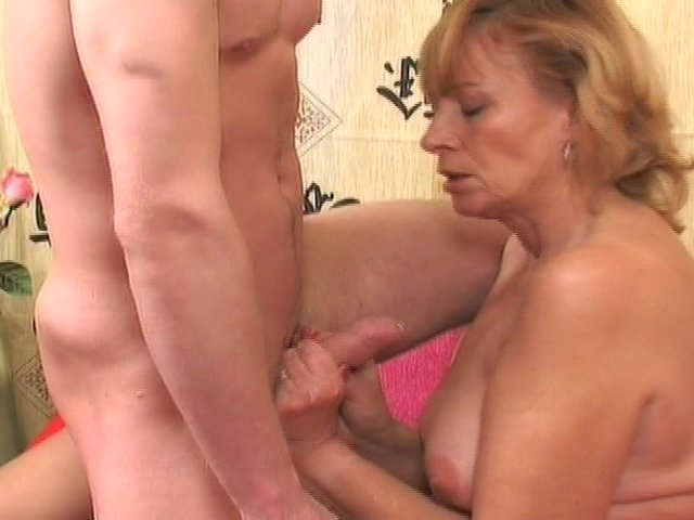 horny mature porn mature watch horny gets laid