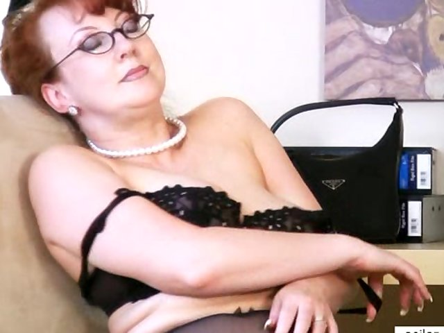 horny milf images watch milf masturbation horny toy solo redhead