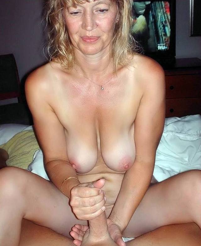 hot mature lady porn mature porn photos media woman women sexy exposed