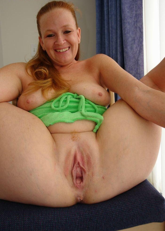 Can recommend Sexy mom hot pussy
