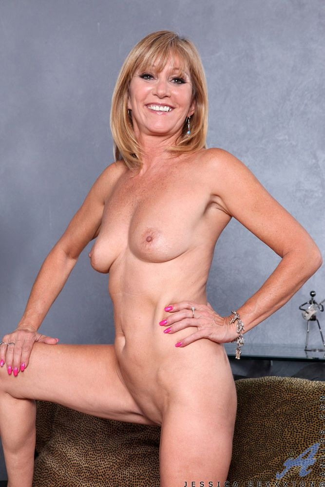 Pity, pics of older nude women very pity