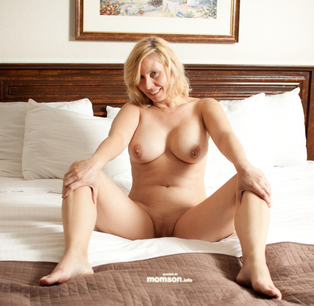 hot mom in bed