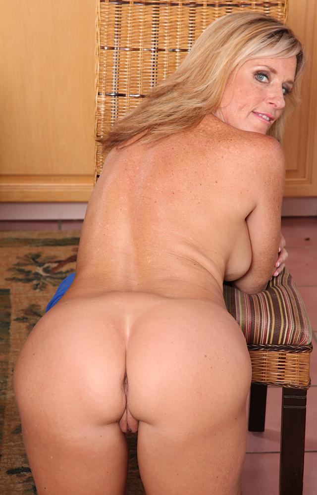 Perfect! jodi foster butt ass naked guy