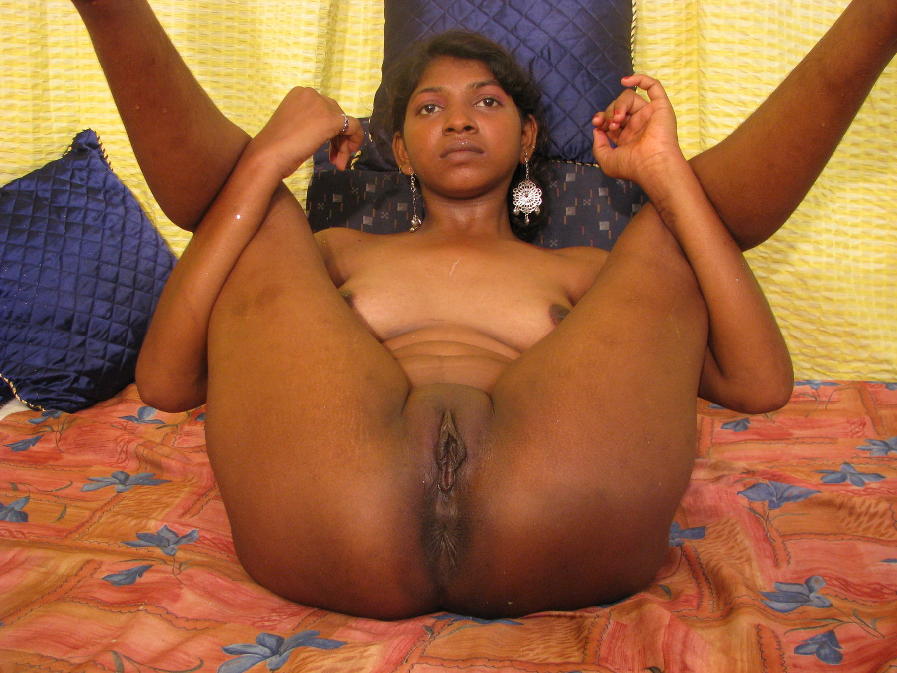 Grany porn photos indian well