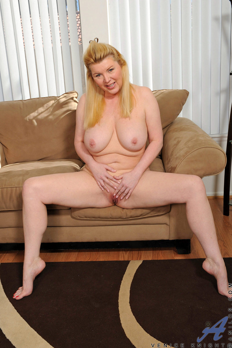 Valuable Fair skin milf have thought