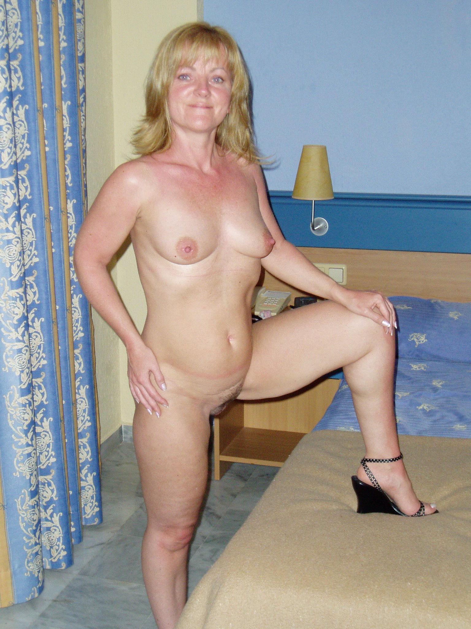 Free ameture chubby milf videos