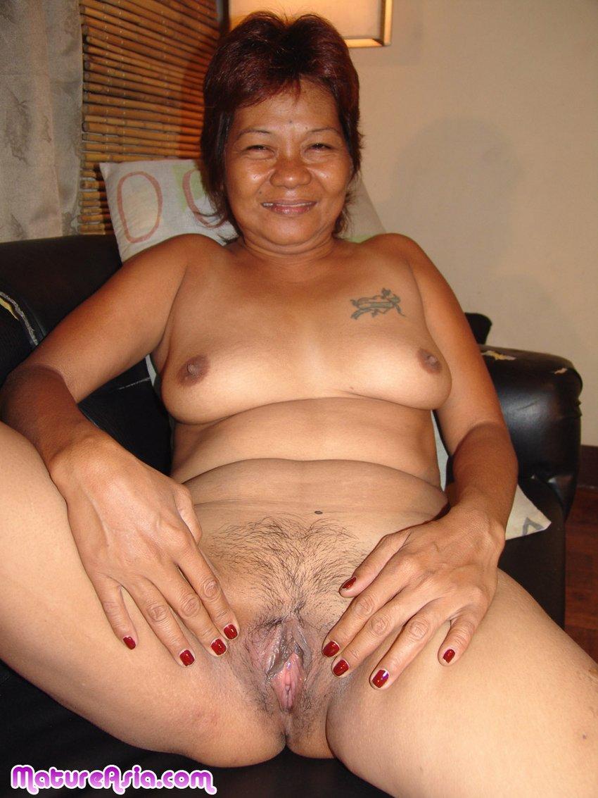 massage room hot nude women