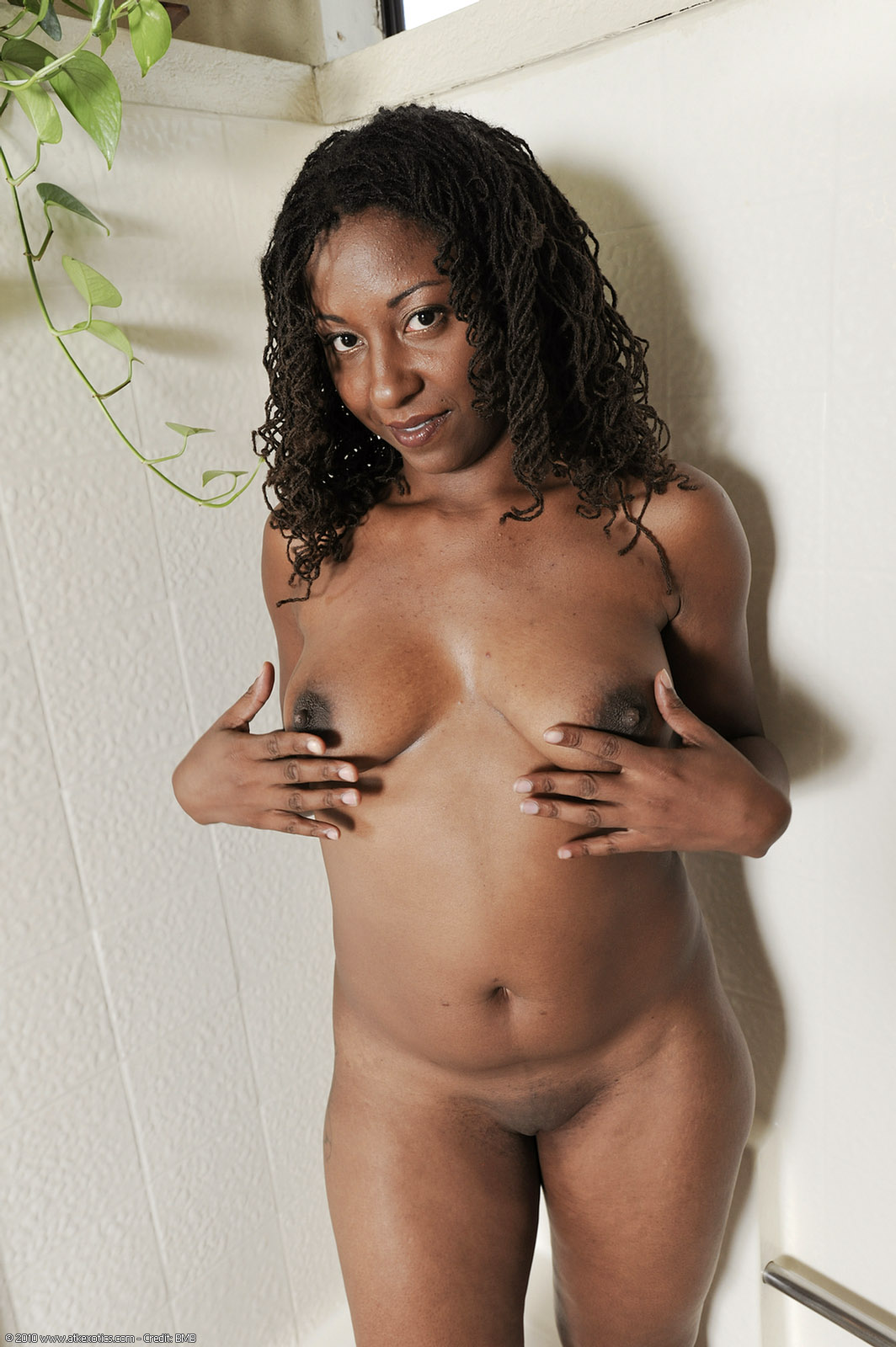 black mature Free woman porn