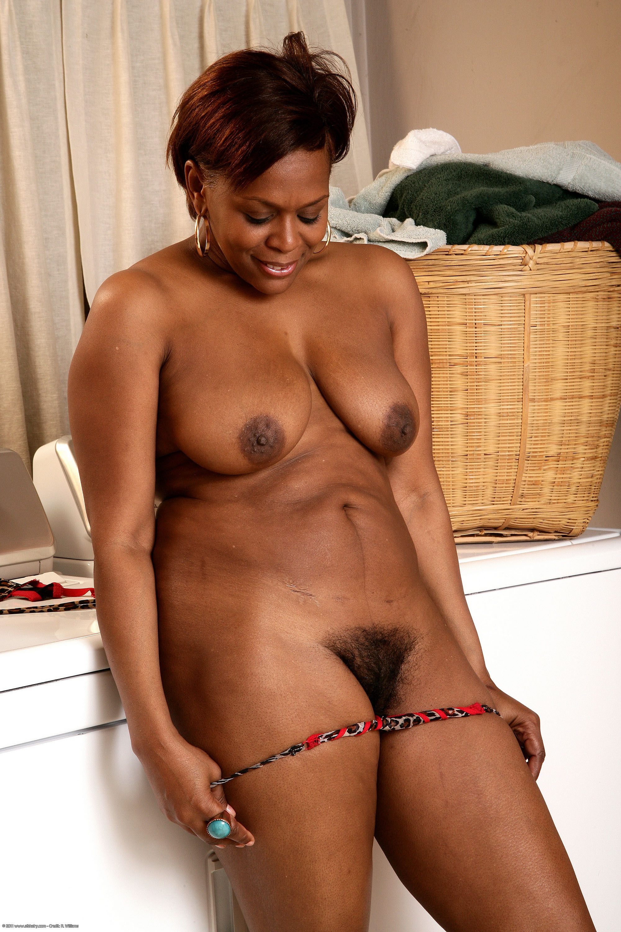 Sexy mature black woman