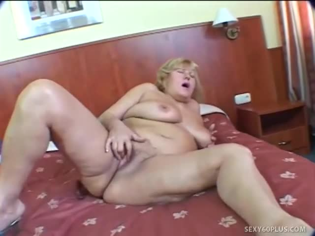 mature porn sleazy mature room hotel inside sleazy starved hawtel