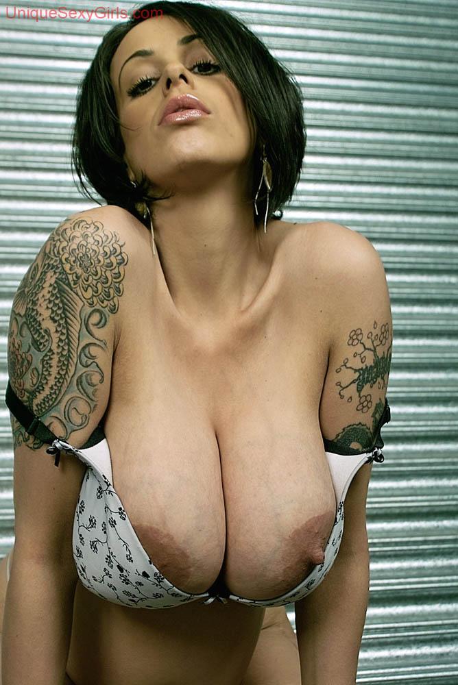 Desi nudes boobs
